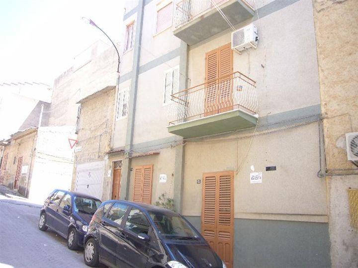 Casa Indipendente vendita RIBERA (AG) - 7 LOCALI - 240 MQ