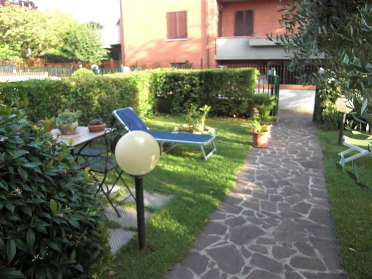 Soluzione Indipendente in vendita a Colle di Val d'Elsa, 6 locali, zona Località: LA BADIA, prezzo € 310.000 | Cambio Casa.it