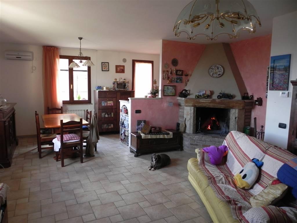 Soluzione Indipendente in vendita a Casole d'Elsa, 4 locali, zona Zona: Cavallano, prezzo € 225.000 | Cambio Casa.it