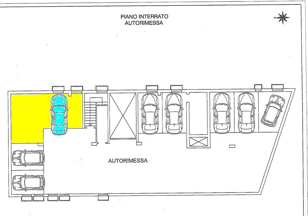 garage-Box-posto auto  in Affitto a Bologna