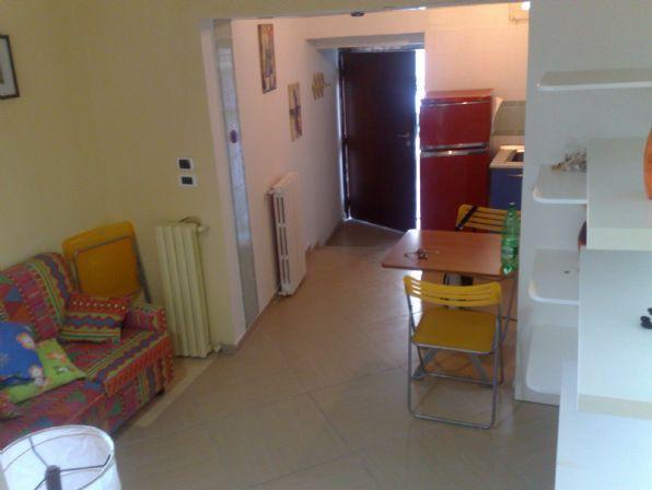 Appartamento in vendita a Pellezzano, 2 locali, zona Zona: Capezzano, prezzo € 85.000 | Cambio Casa.it