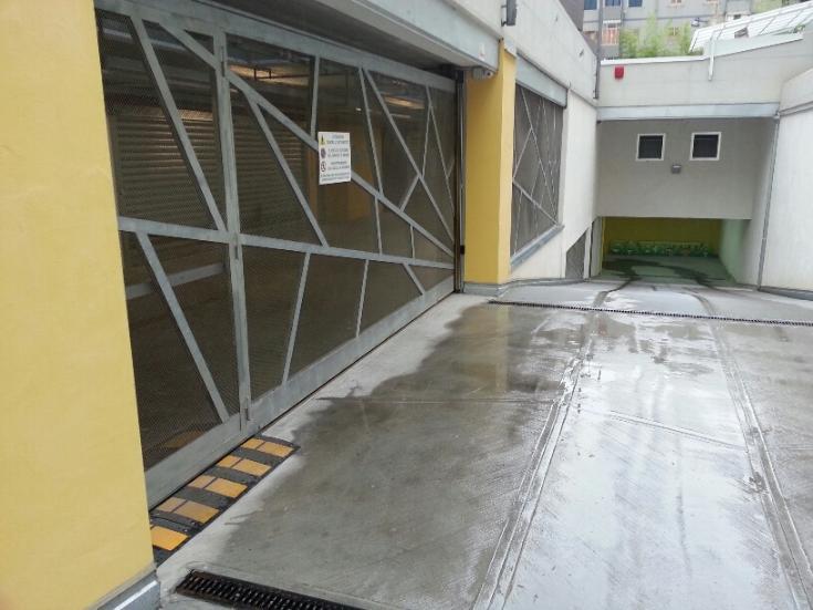 Box / Garage in vendita a Salerno, 1 locali, zona Zona: Torrione, prezzo € 42.000   Cambio Casa.it