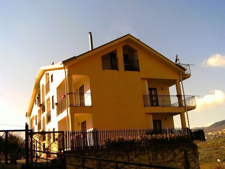 Appartamento in vendita a Giffoni Sei Casali, 3 locali, zona Località: CAPITIGNANO, prezzo € 58.000 | Cambio Casa.it