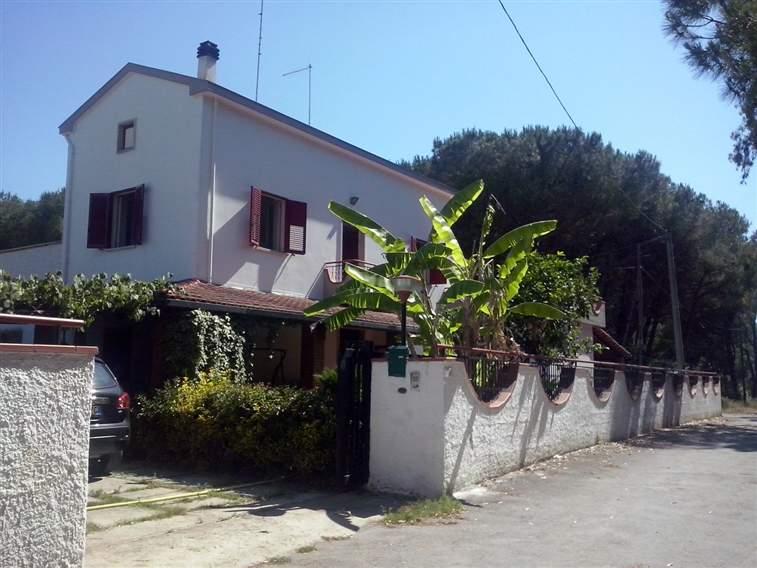 Villa in vendita a Capaccio, 4 locali, zona Zona: Paestum, prezzo € 220.000 | Cambio Casa.it