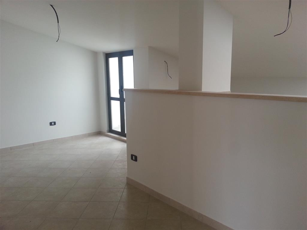 Appartamento in affitto a Pellezzano, 2 locali, zona Zona: Coperchia, prezzo € 400 | Cambio Casa.it