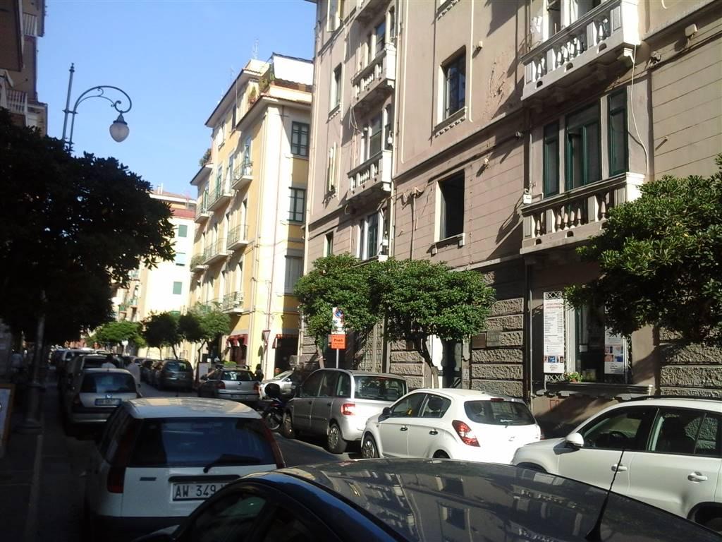 Negozio / Locale in vendita a Salerno, 1 locali, zona Zona: Carmine, prezzo € 54.000 | Cambio Casa.it