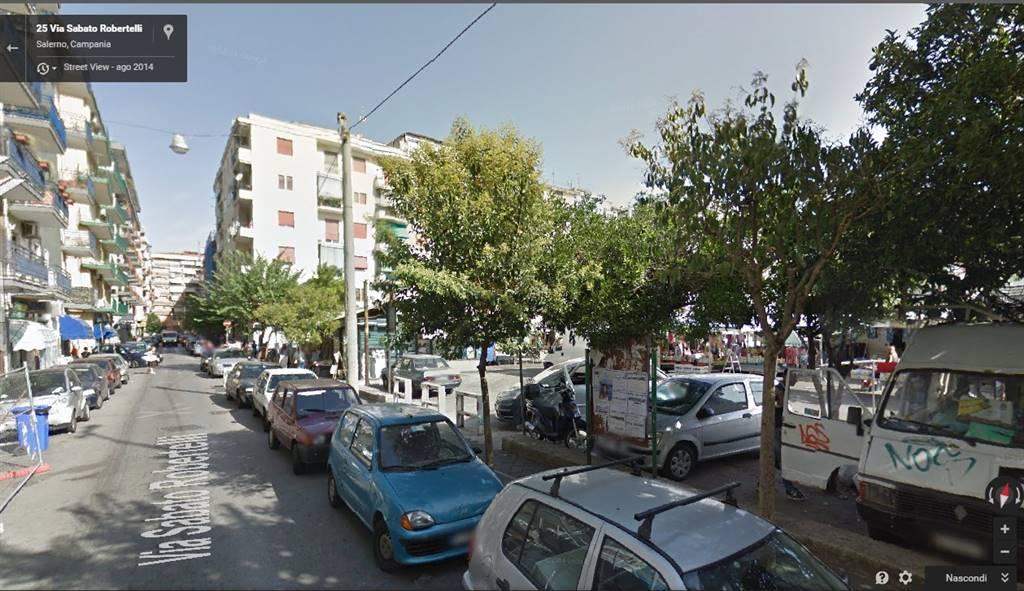 Negozio / Locale in vendita a Salerno, 1 locali, zona Zona: Torrione, prezzo € 275.000 | Cambio Casa.it
