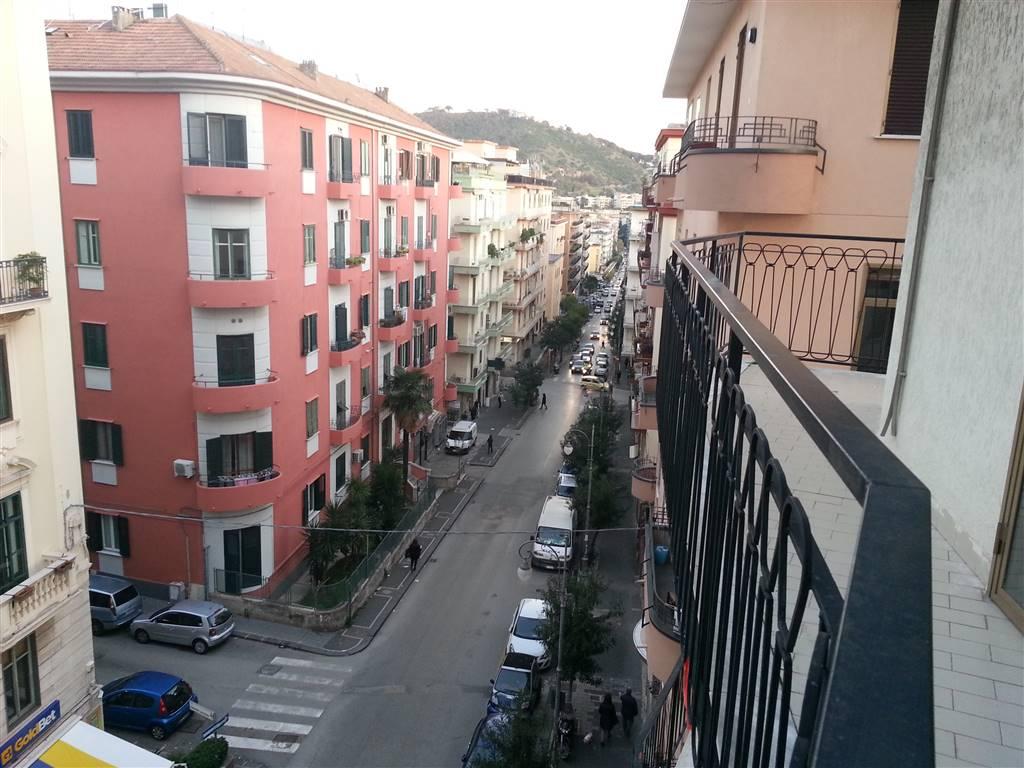 Quadrilocale Salerno Affitto 720 Zona Carmine 120 Mq