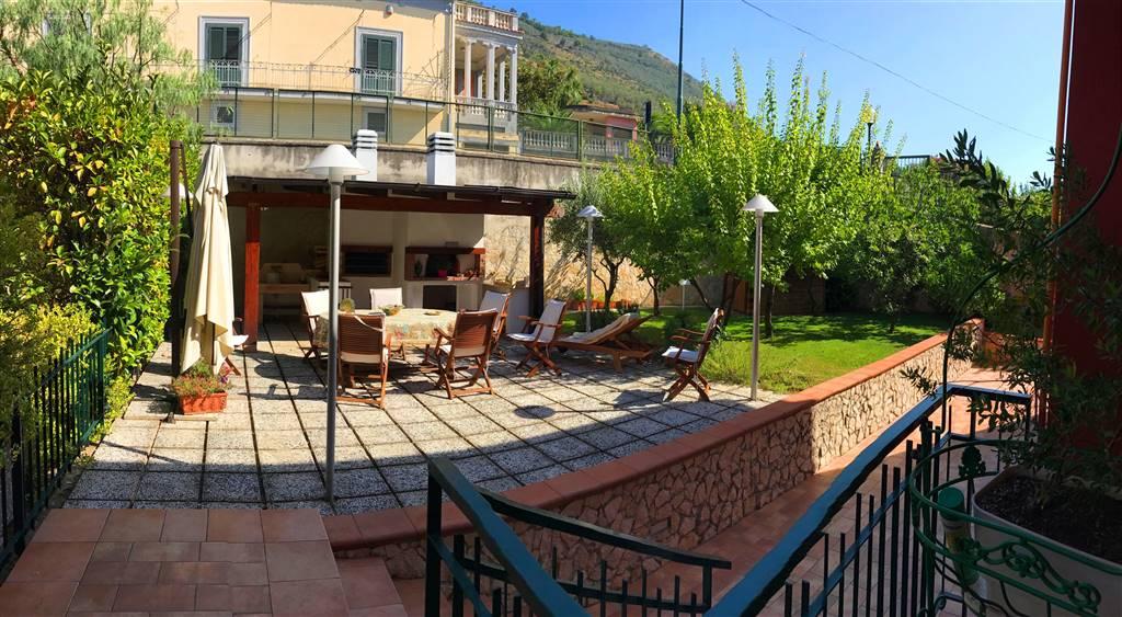 Villa in Vendita a San Cipriano Picentino