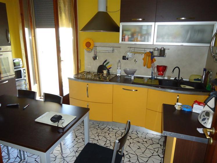 Appartamento in vendita a Bentivoglio, 4 locali, prezzo € 148.000 | Cambio Casa.it