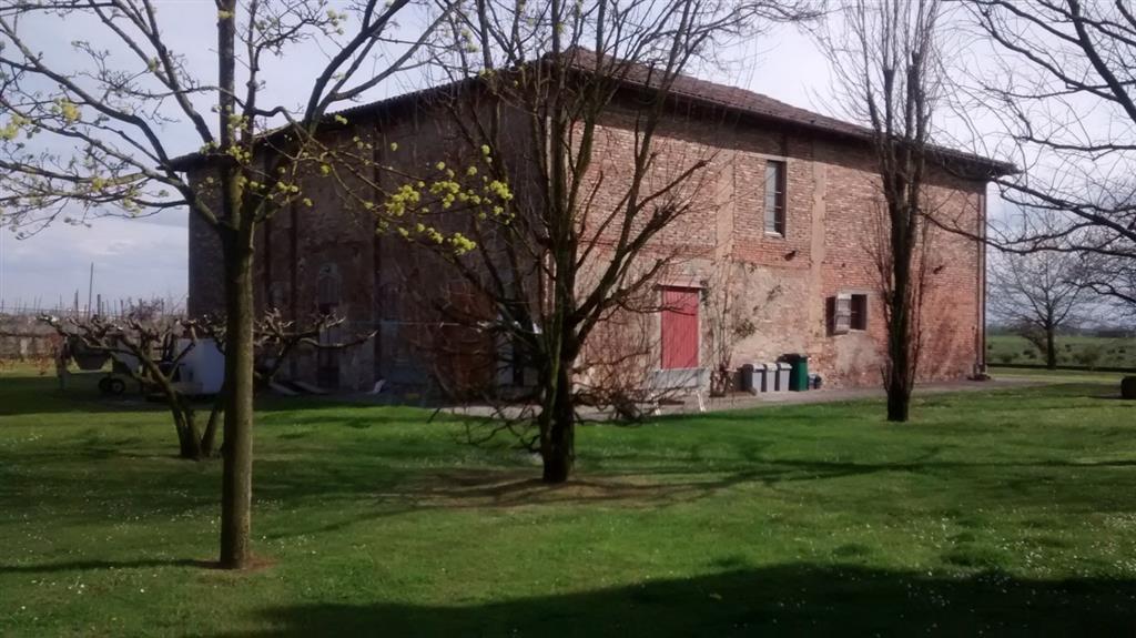 Soluzione Indipendente in vendita a Bentivoglio, 10 locali, prezzo € 189.000 | Cambio Casa.it