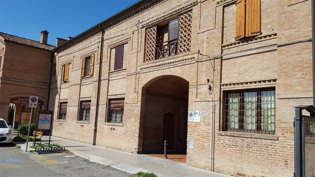 Negozio / Locale in affitto a Bentivoglio, 4 locali, prezzo € 800 | CambioCasa.it