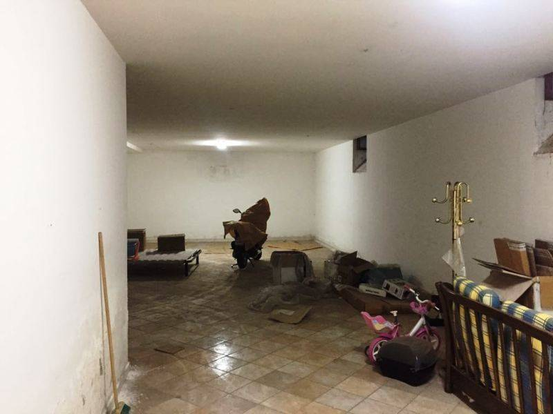 magazzino-deposito  in Affitto a Gragnano