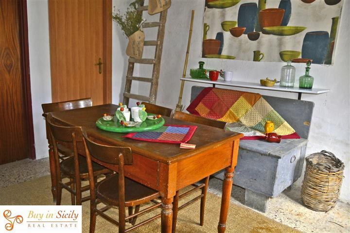 Appartamento vendita PALAZZOLO ACREIDE (SR) - 4 LOCALI - 85 MQ