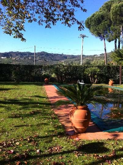 Villa in vendita a Massa e Cozzile, 9 locali, zona Zona: Massa, prezzo € 1.200.000 | Cambio Casa.it