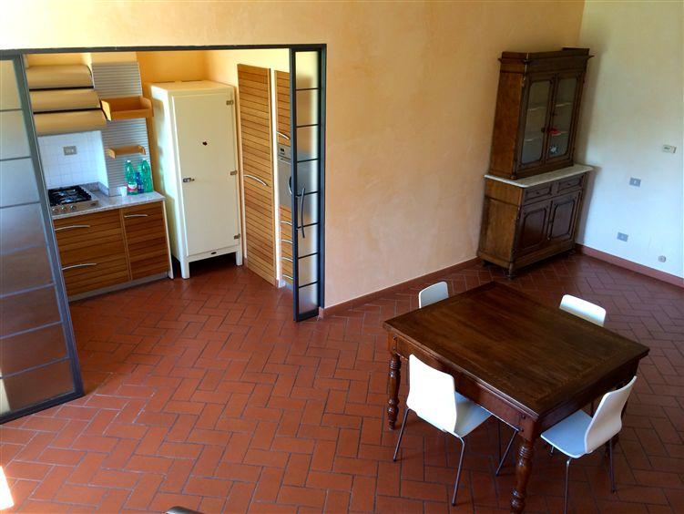 Soluzione Indipendente in affitto a Vaiano, 6 locali, zona Zona: Sofignano, prezzo € 900 | Cambio Casa.it
