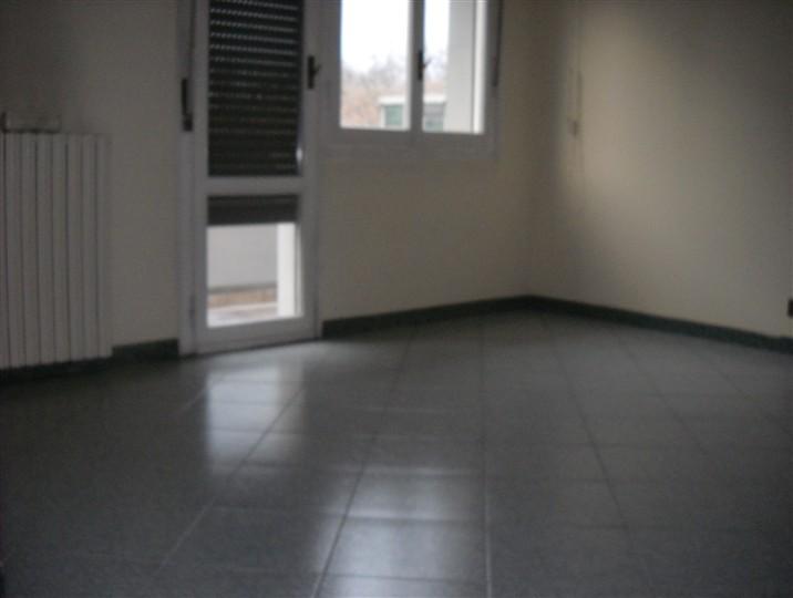 Ufficio in Viale Timavo 1, Centro Storico, Reggio Emilia