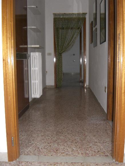 Bilocale, San Pellegrino,ospedale, Reggio Emilia, in ottime condizioni