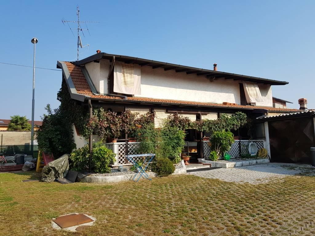 Case solza compro casa solza in vendita e affitto su for Case in affitto provincia di bergamo