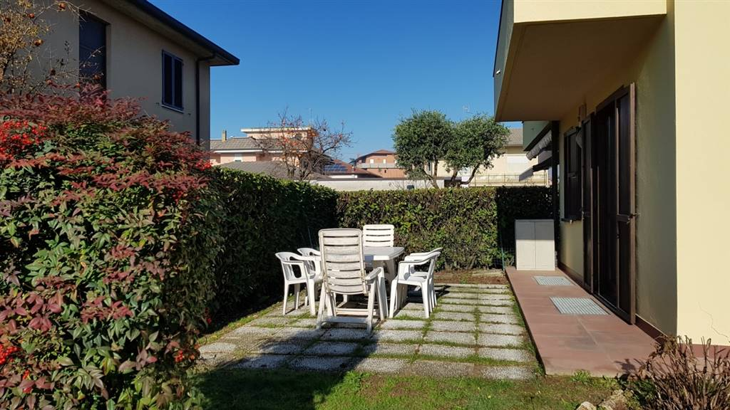 Villa-Villetta  in Affitto a Solza