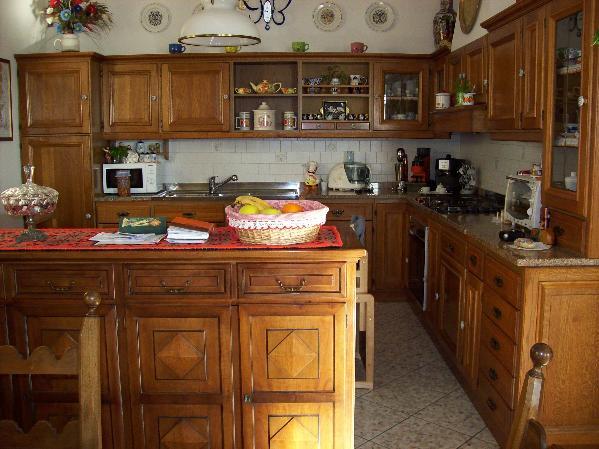 Attico / Mansarda in vendita a Gabicce Mare, 4 locali, zona Località: GABICCE PIENO CENTRO A 300 MT DAL MARE, prezzo € 480.000 | Cambio Casa.it