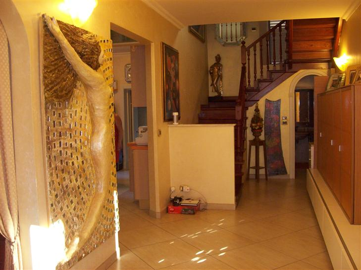 Villa in vendita a Rimini, 4 locali, prezzo € 620.000 | CambioCasa.it