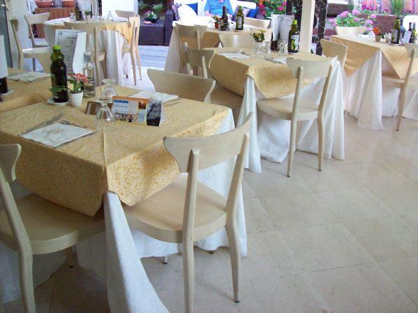 Albergo in vendita a Rimini, 1 locali, prezzo € 4.000.000 | Cambio Casa.it