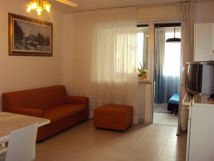 Appartamento in vendita a Misano Adriatico, 2 locali, zona Zona: Portoverde, prezzo € 240.000 | Cambio Casa.it