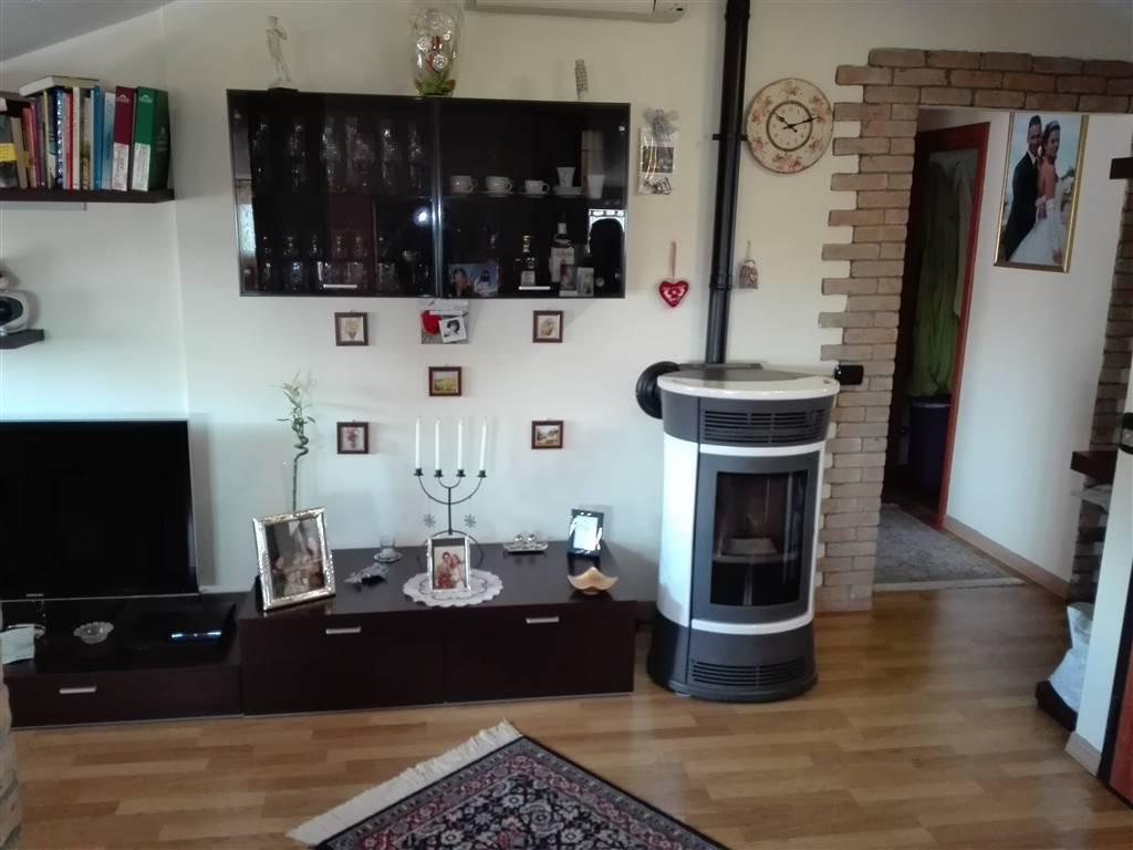 Attico / Mansarda in vendita a Morciano di Romagna, 3 locali, prezzo € 150.000 | Cambio Casa.it