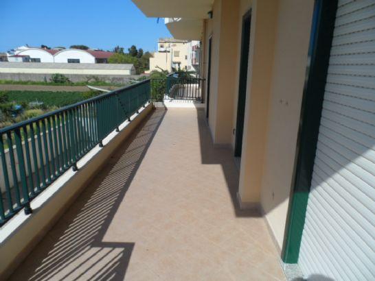 Appartamento in vendita a Torregrotta, 3 locali, zona Località: FRAZIONI: SCALA, prezzo € 130.000 | CambioCasa.it