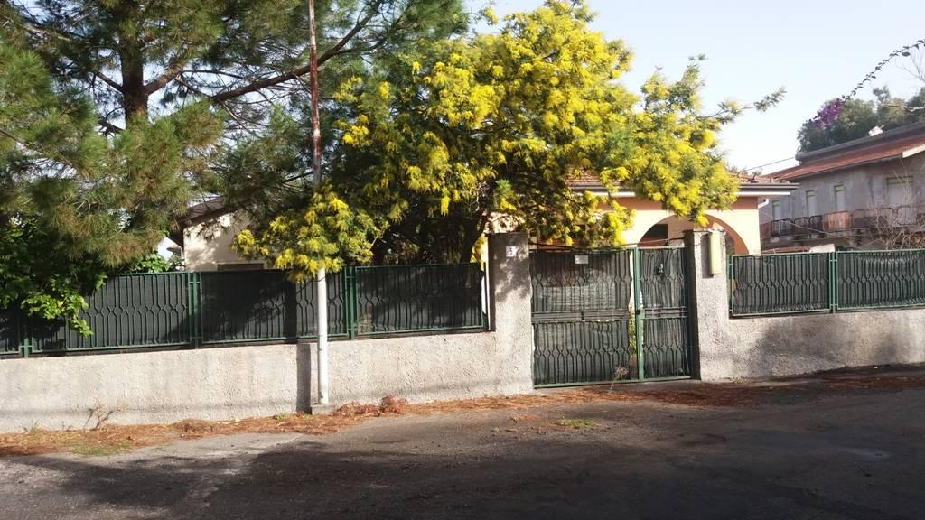 Villa in Vaccarizzo, La Rena , Villaggio Azzurro, Catania