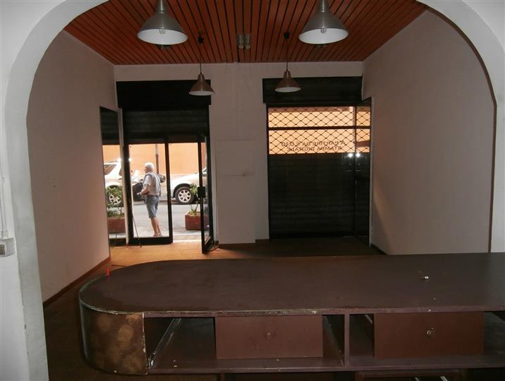Capital casa livorno negozio in affitto commerciale a for Affitto commerciale