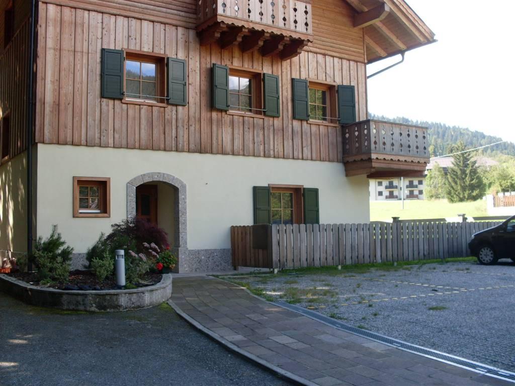 Appartamento in vendita a Tarvisio, 4 locali, zona Zona: Camporosso, prezzo € 250.000 | Cambio Casa.it
