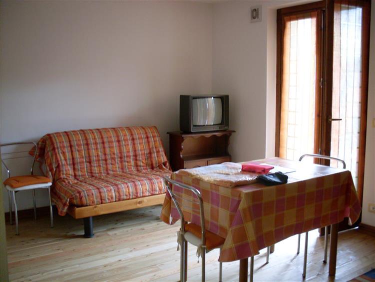 Appartamento in affitto a Tarvisio, 2 locali, prezzo € 300 | Cambio Casa.it