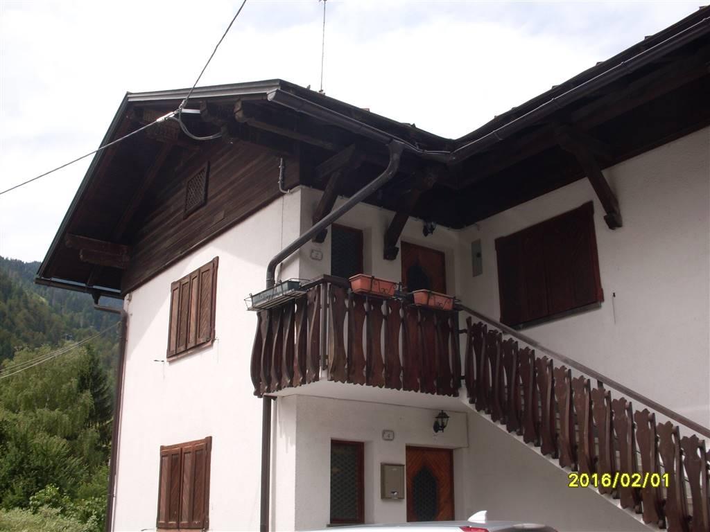Soluzione Indipendente in vendita a Tarvisio, 7 locali, prezzo € 265.000 | Cambio Casa.it
