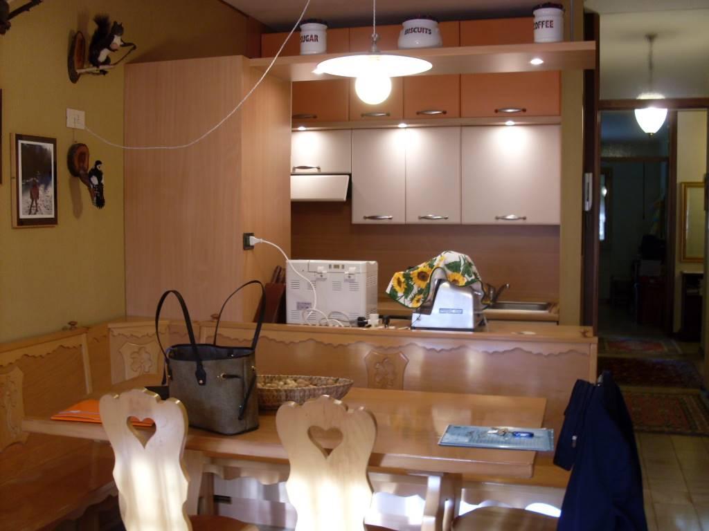 Appartamento in vendita a Chiusaforte, 3 locali, zona Località: SELLA NEVEA, prezzo € 50.000   CambioCasa.it