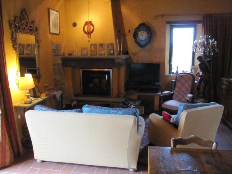Soluzione Indipendente in vendita a Vaglia, 7 locali, prezzo € 490.000 | Cambio Casa.it