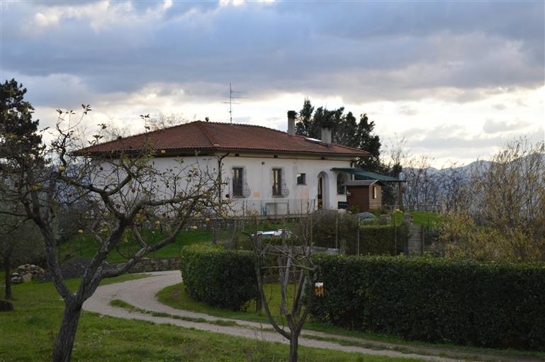 Villa in vendita a Borgo San Lorenzo, 10 locali, prezzo € 700.000 | Cambio Casa.it