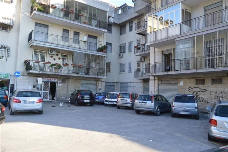 Negozio / Locale in vendita a San Nicola la Strada, 1 locali, prezzo € 400.000 | Cambio Casa.it