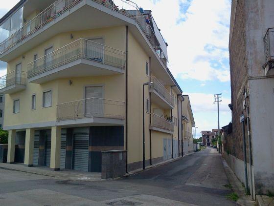 Negozio / Locale in vendita a Curti, 3 locali, prezzo € 135.000 | Cambio Casa.it