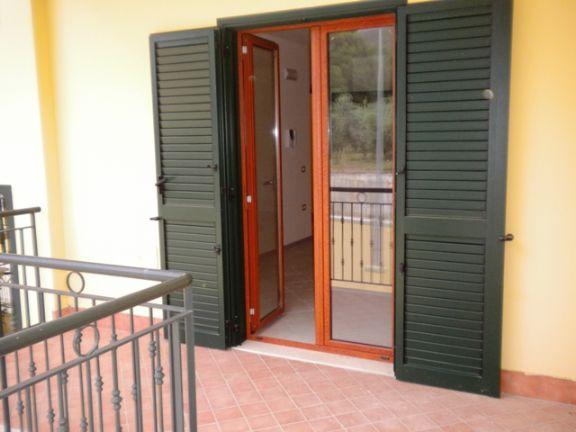 Appartamento in vendita a Pastorano, 4 locali, prezzo € 115.000 | CambioCasa.it