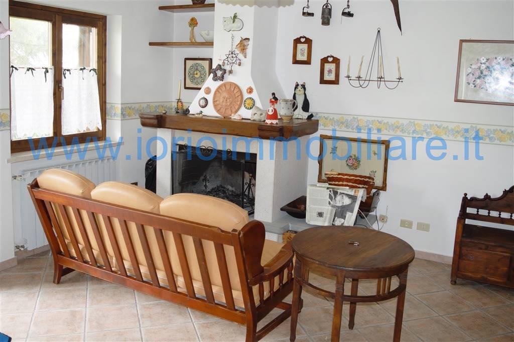Appartamento in vendita a Alfedena, 3 locali, prezzo € 130.000 | CambioCasa.it