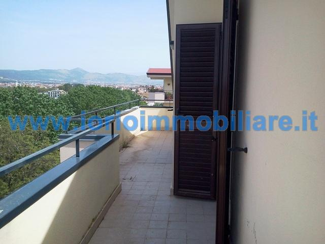 Attico / Mansarda in vendita a Santa Maria Capua Vetere, 4 locali, zona Zona: Sant'Andrea, prezzo € 115.000 | Cambio Casa.it