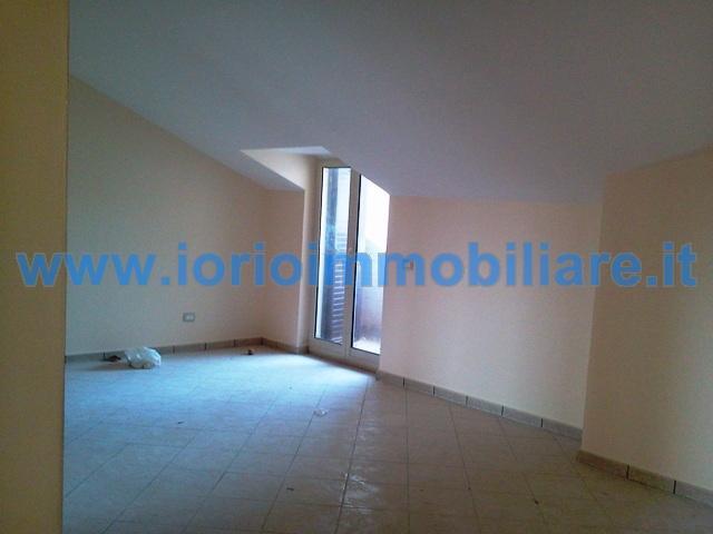 Attico / Mansarda in affitto a Santa Maria Capua Vetere, 4 locali, zona Zona: Sant'Andrea, prezzo € 400 | Cambio Casa.it
