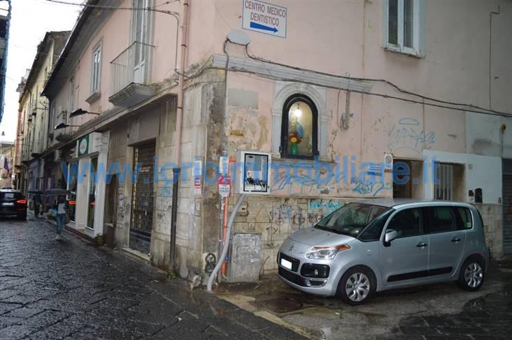 Negozio / Locale in vendita a Caserta, 1 locali, zona Zona: Centro, prezzo € 90.000 | Cambio Casa.it