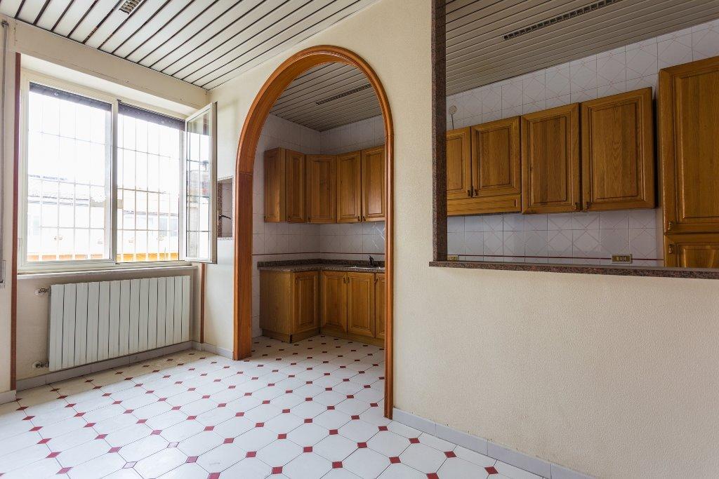 Soluzione Indipendente in vendita a Santa Maria Capua Vetere, 7 locali, prezzo € 158.000 | Cambio Casa.it