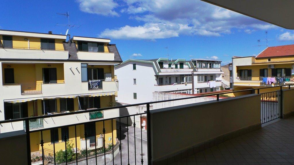 Appartamento in vendita a San Prisco, 4 locali, prezzo € 160.000   Cambio Casa.it
