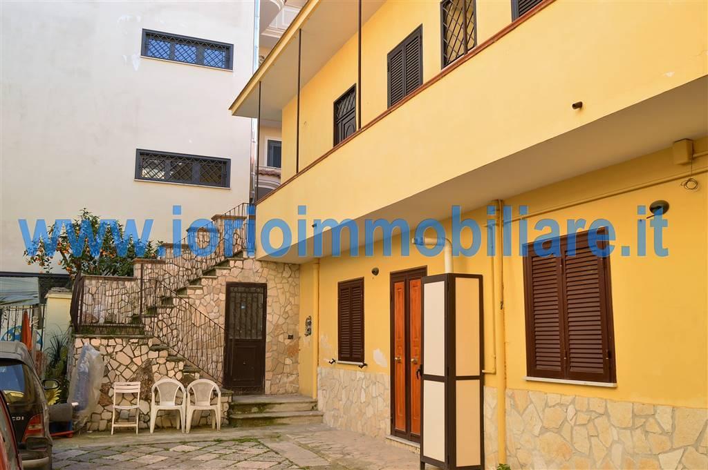 Appartamento in affitto a Santa Maria Capua Vetere, 3 locali, prezzo € 400   Cambio Casa.it