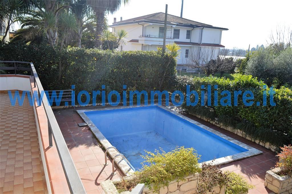 Villa in affitto a Pignataro Maggiore, 6 locali, prezzo € 650 | Cambio Casa.it