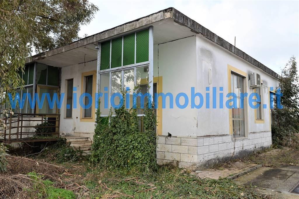 Palazzo / Stabile in vendita a Santa Maria Capua Vetere, 9 locali, Trattative riservate | Cambio Casa.it
